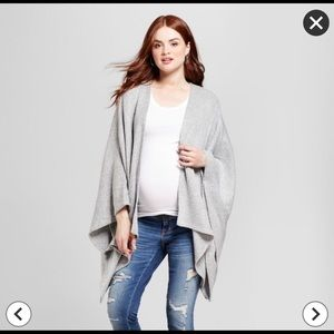 Isabel Maternity gray cozy wrap